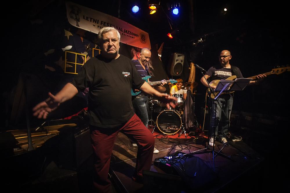 WITOLD WNUK, MAREK NAPIÓRKOWSKI ADAM KOWALEWSKI PATRYK DOBOSZ Letni Festiwal Jazzowy w Piwnicy Pod Baranami