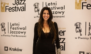 ive-mendes-krakow-<b>Ive Mendes</b> - 25 czerwca 2017 r. <br/>Letni Festiwal Jazzowy-cracovia-music-agency-66